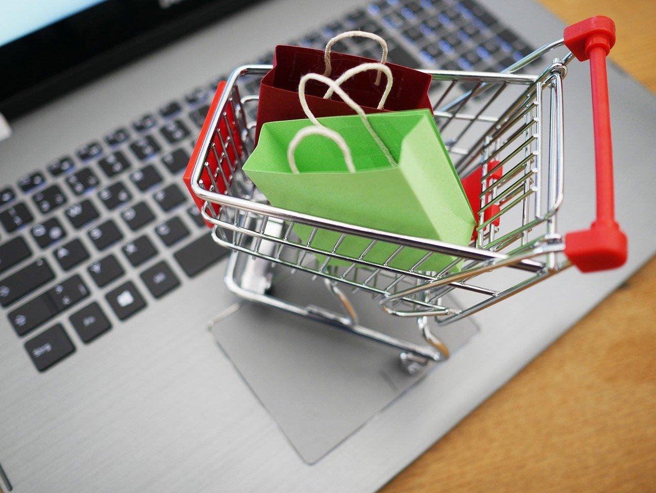 Shopping Cart 4516039 1280