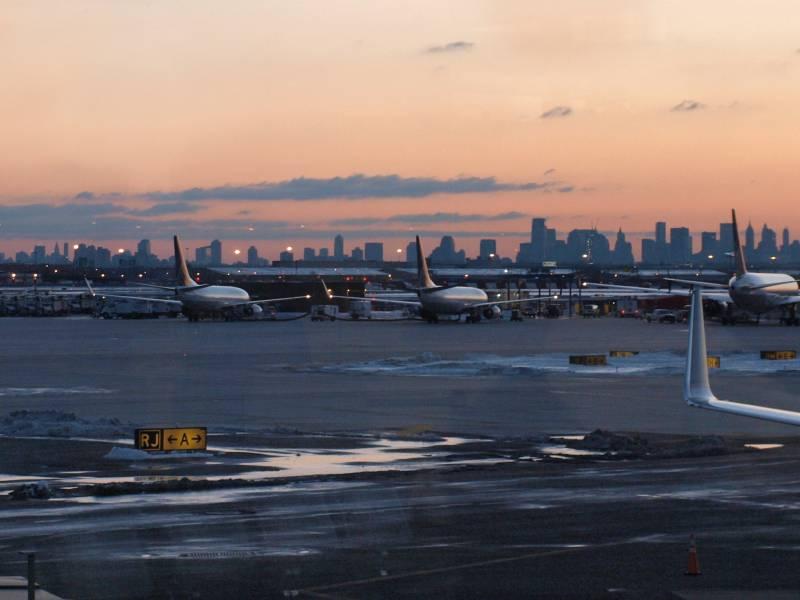 Usa Planen Testpflicht Fuer Alle Internationalen Flugpassagiere