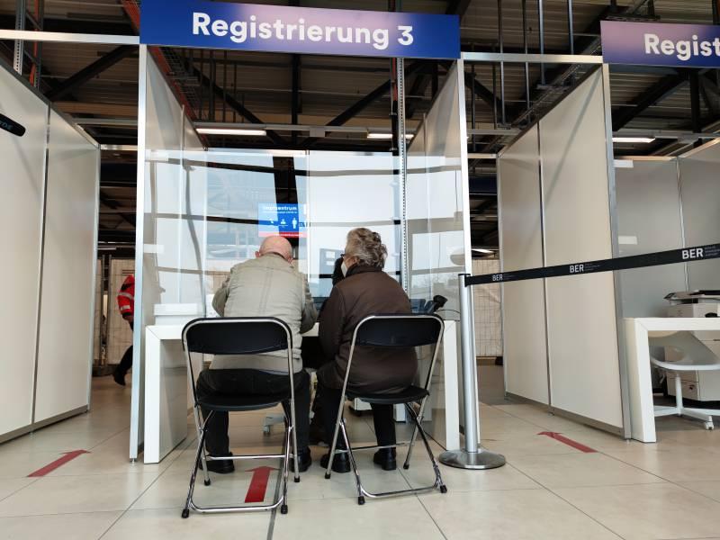 Zahl Der Impfungen In Deutschland Steigt Auf Fast 690 000