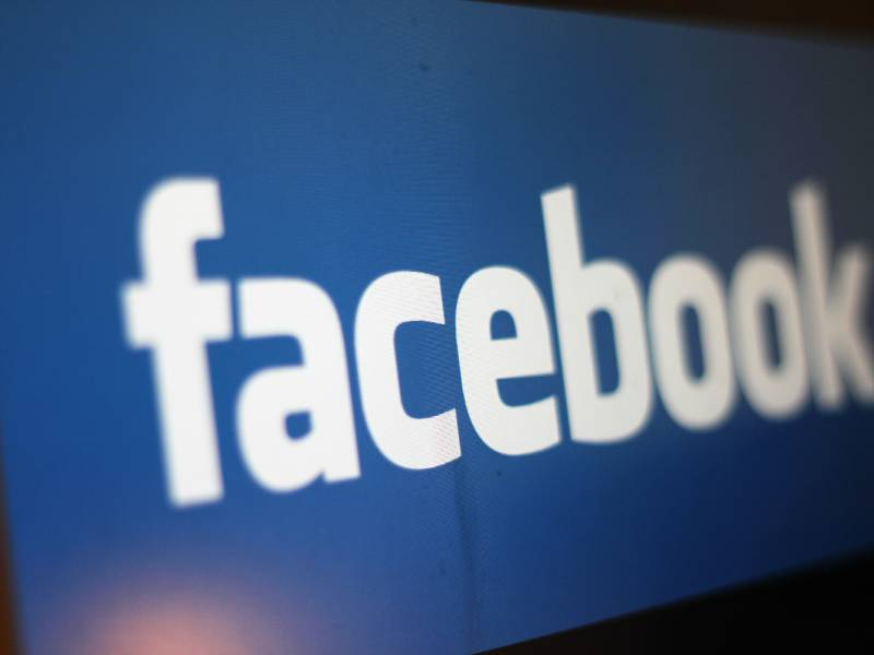 Zuckerberg Sperrt Trump Auf Facebook Und Instagram