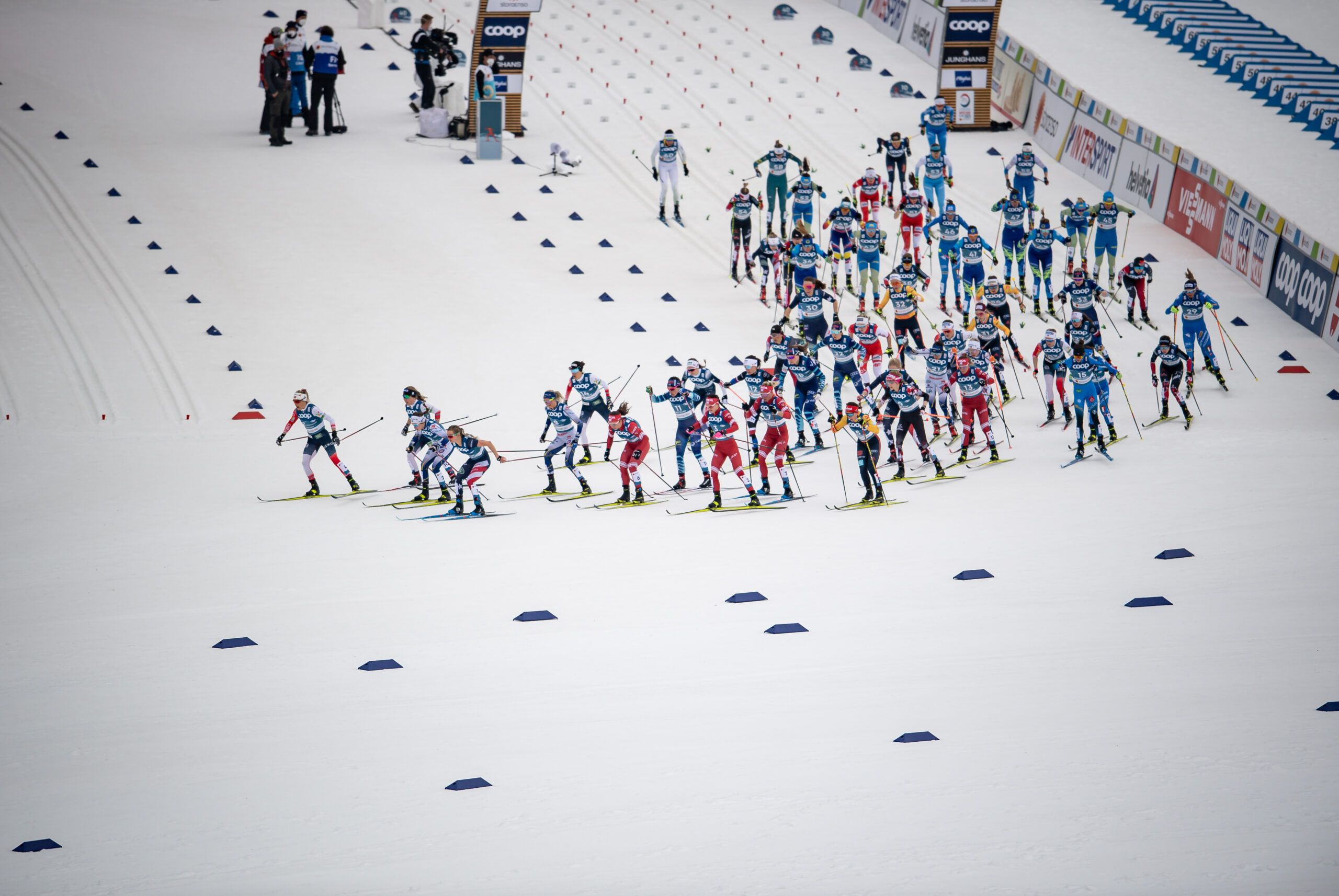 03 Atheletes Compete The Cross Country Women 75Km Classic 75Km Free Skiathlon Scaled