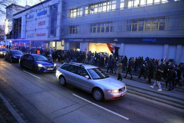 Demo Hanau 77.Jpg