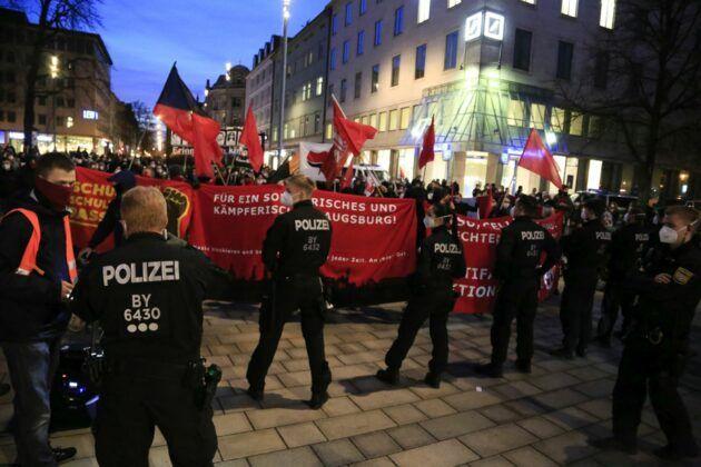 Demo Hanau 88.Jpg
