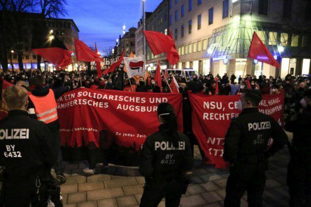 Demo Hanau 90.Jpg