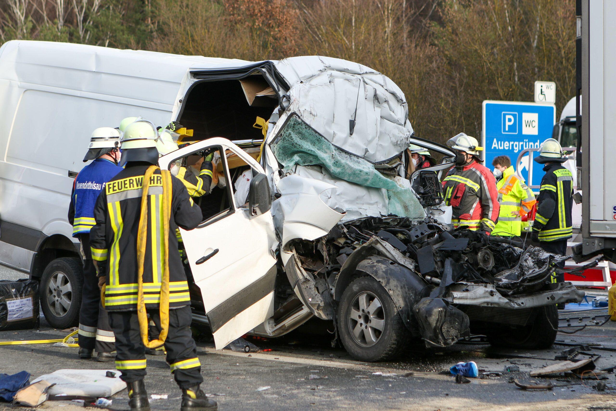 210325 Vifogra Unfall A6 Neuendettelsau 11 Scaled