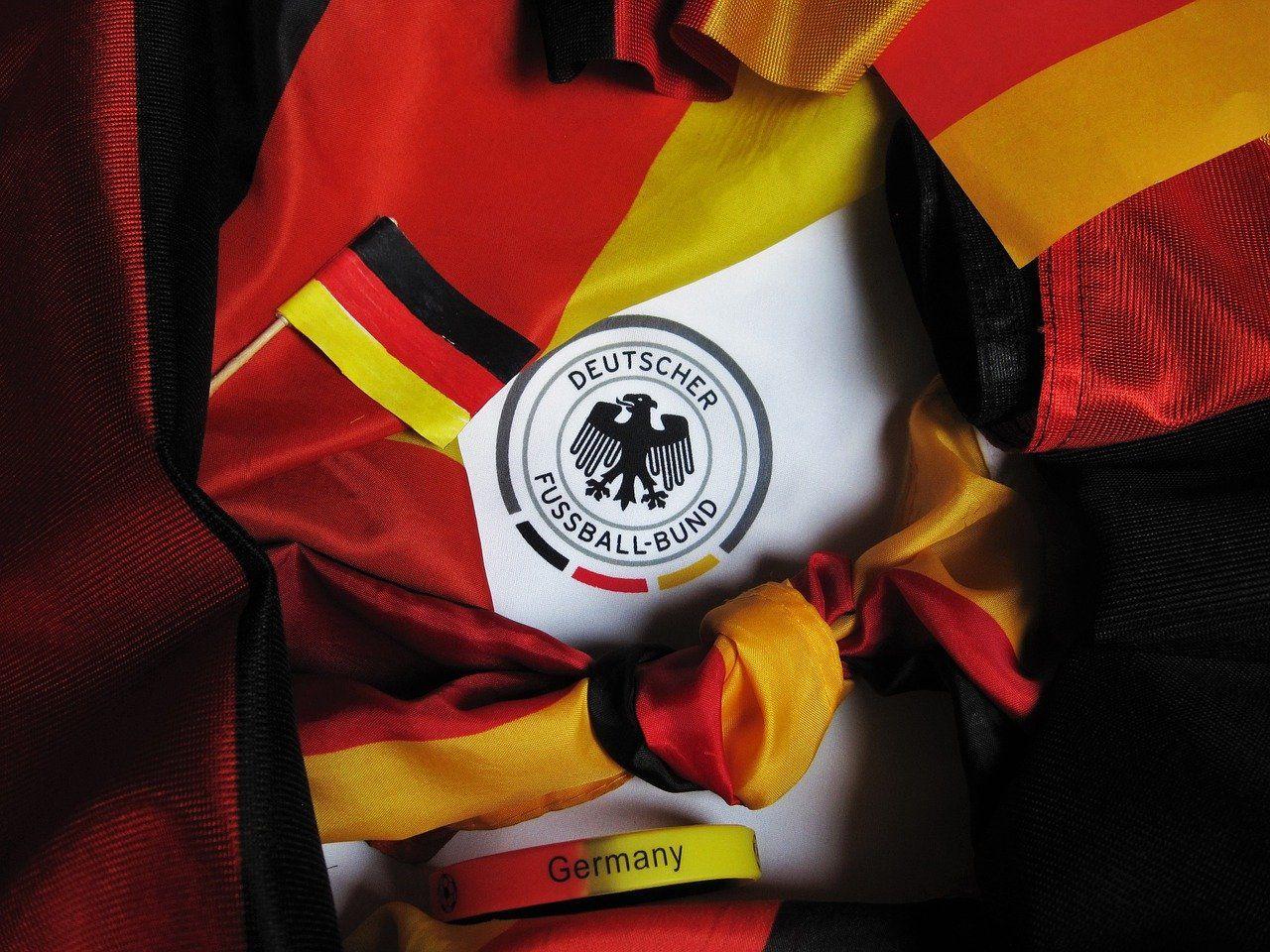 Football Europameisterschaft 1420475 1280