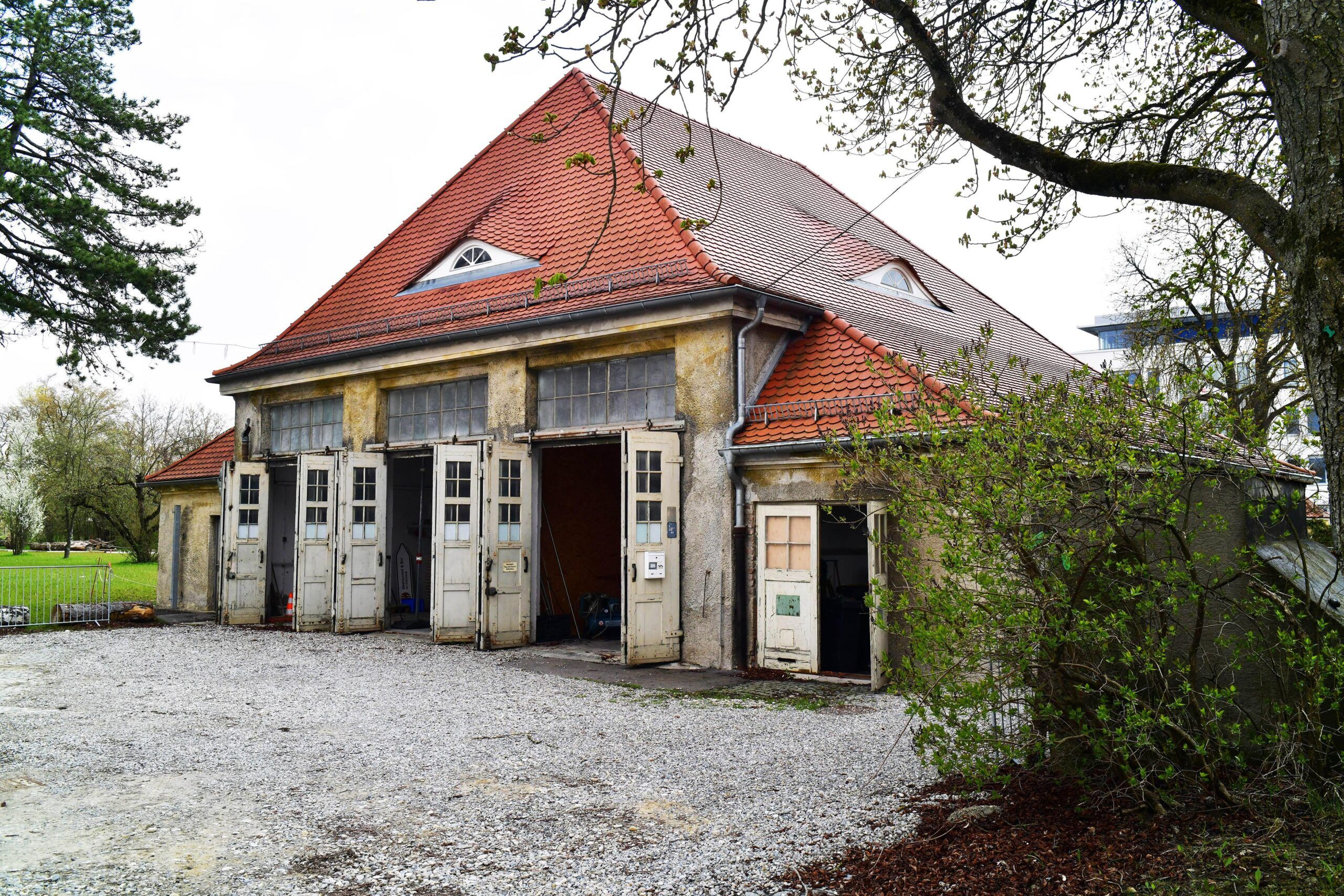 2021 04 30 Gaswerk Gastronomie Garagengebaeude 1 Scaled