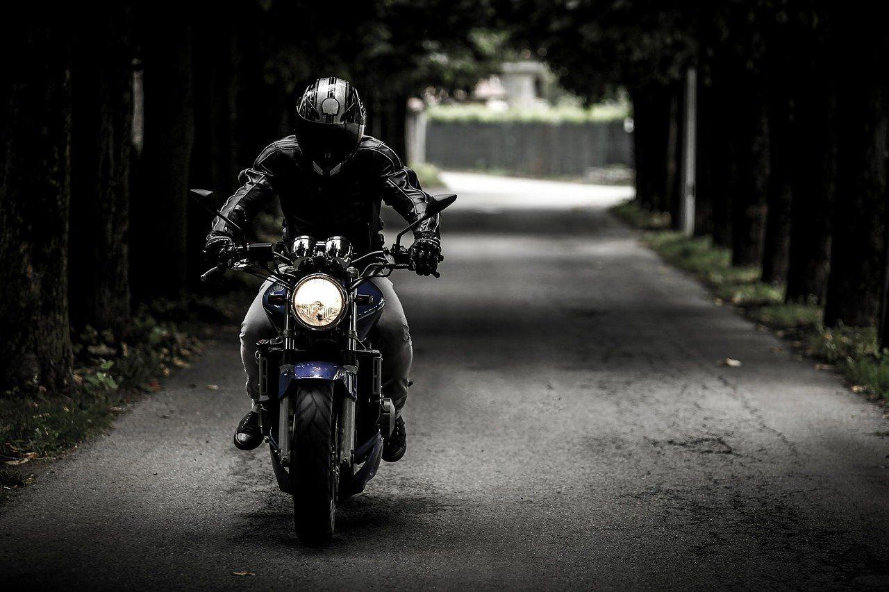 Biker 407123 1280
