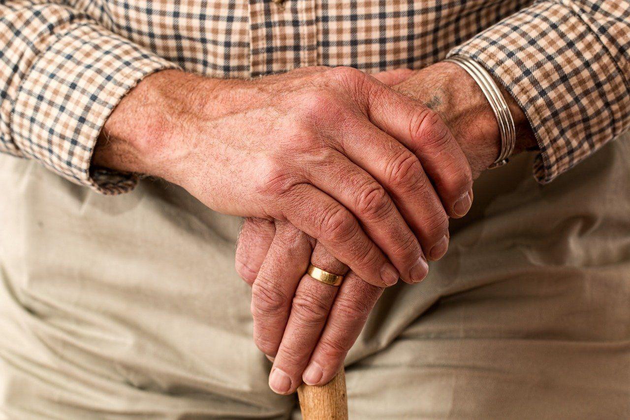 Elderly 981400 1280