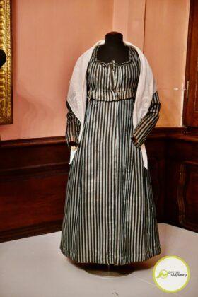 2021 03 21 Um Angemessene Kleidung Wird Gebeten 31