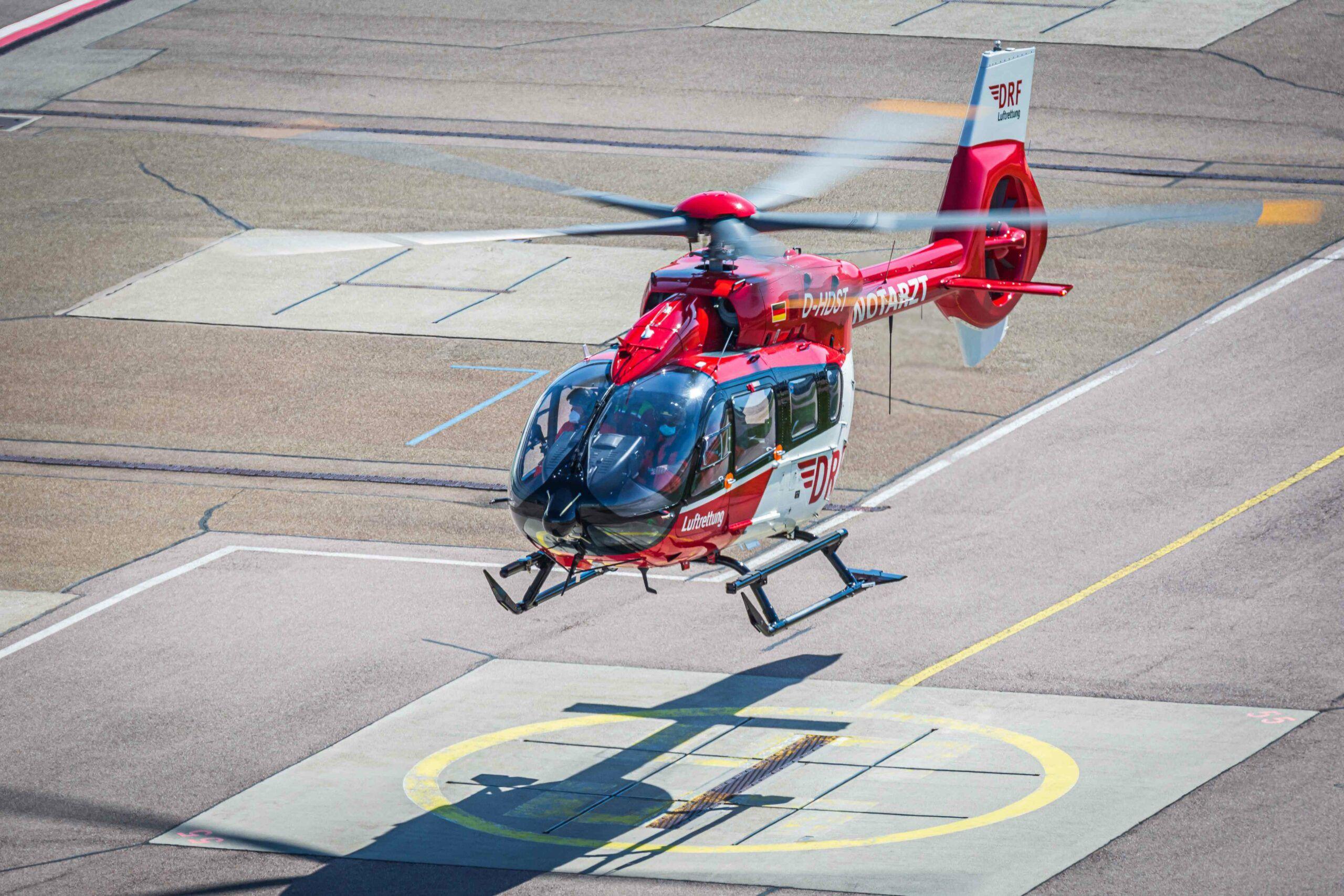 Erste Retrofit H145 Mit Fuenfblattrotor Retrofit Im Flug Quelle Airbus Helicopters Scaled