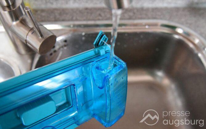 Philips 8000 Aqua 019