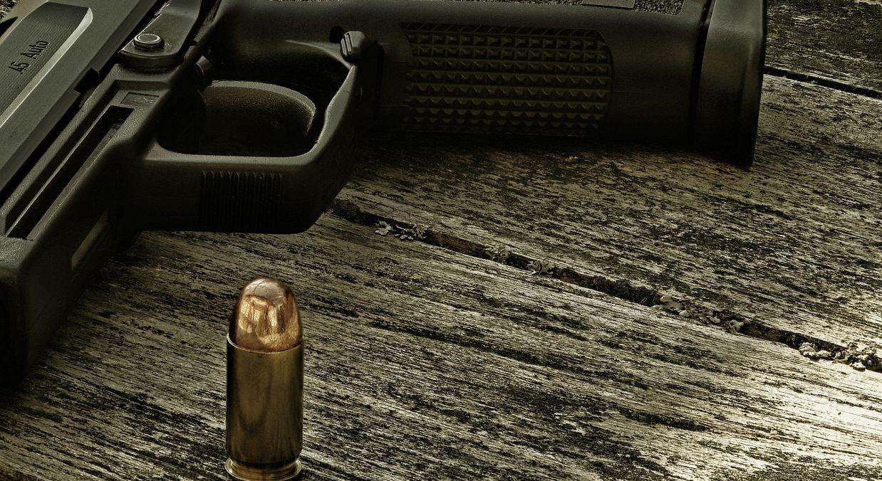 Pistol 5899251 1920