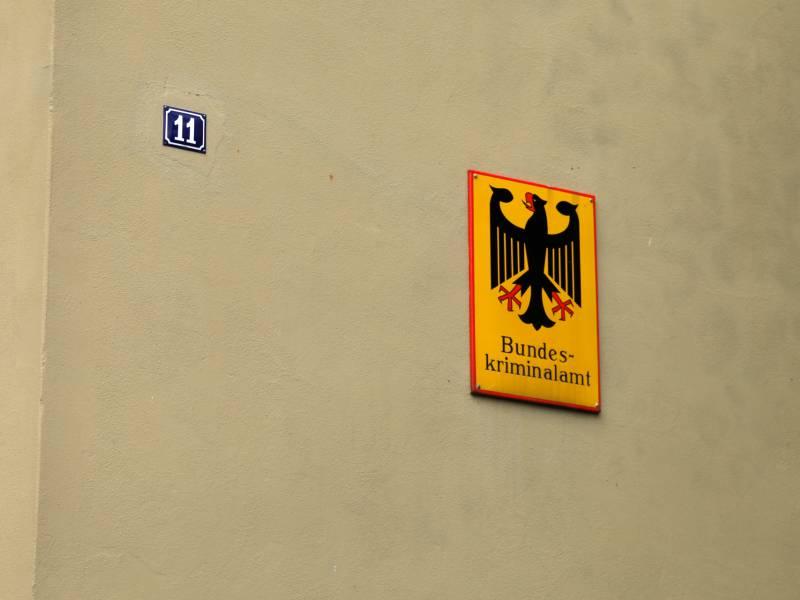 Bka Setzt Im Bundestagswahlkampf Mehr Personenschuetzer Ein