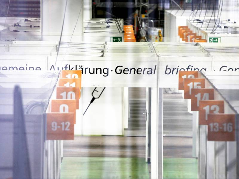 Bundesregierung Will Mit Altem Schlagerhit Fuers Impfen Werben