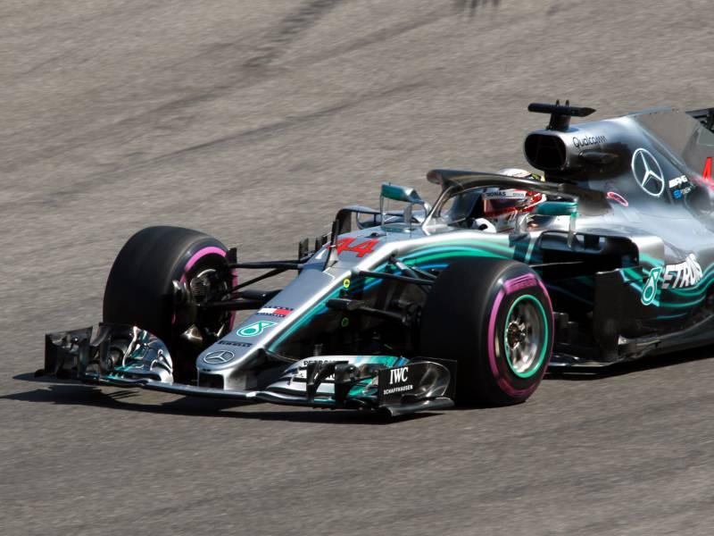 Hamilton Startet In Ungarn Aus Der Pole