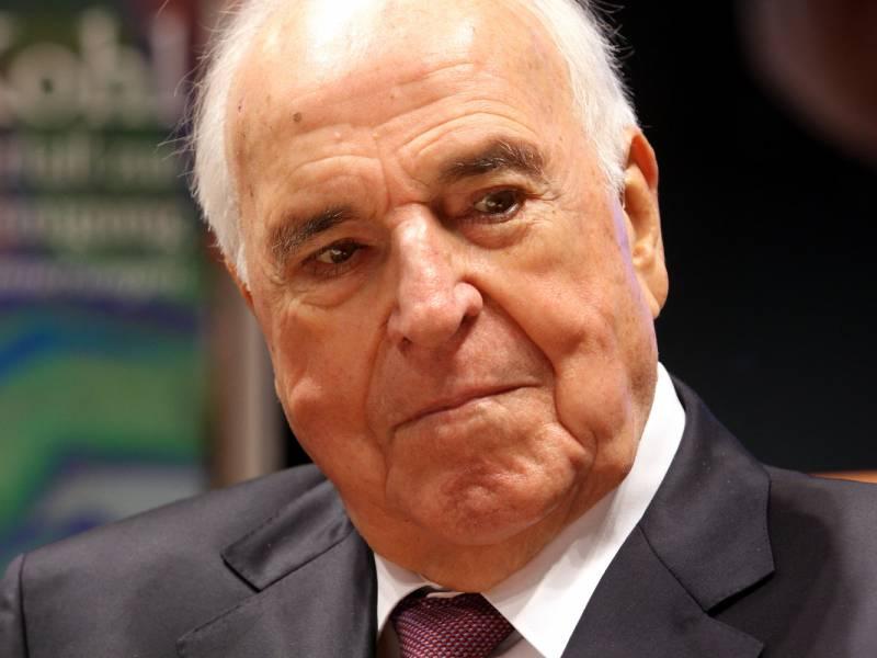 Kohl Riskierte Kanzlerschaft Fuer Anerkennung Der Oder Neisse Grenze