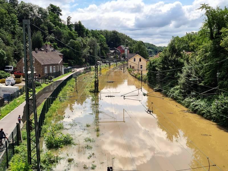 Neue Strassen Und Bruecken In Flutgebieten Kosten 700 Millionen Euro