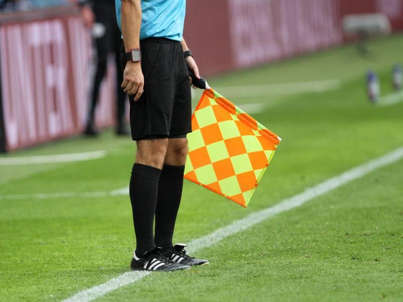 Streit Um Super League Geht Weiter