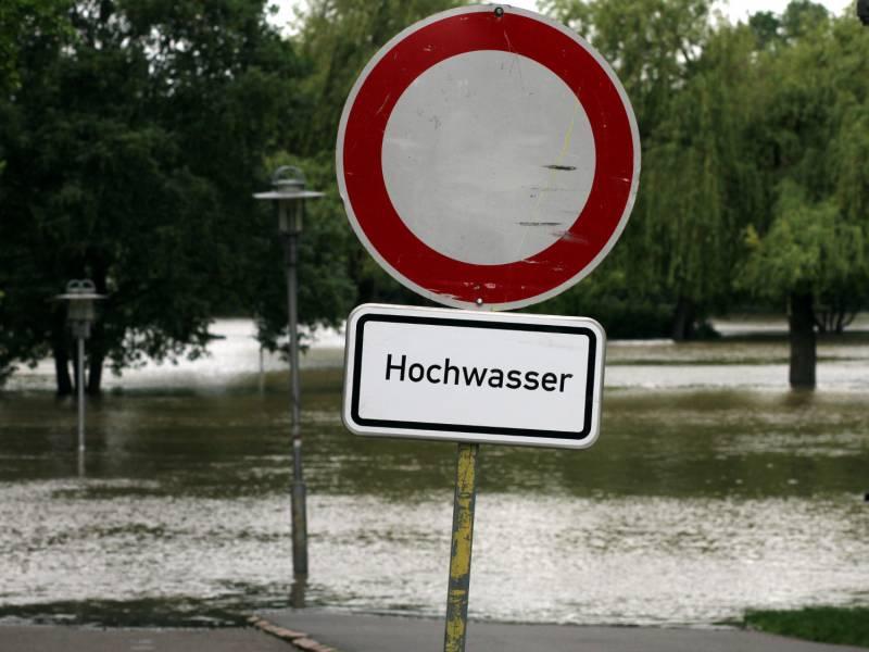 Wetterdienst Warnt Vor Neuen Regenfaellen Auch Im Suedwesten