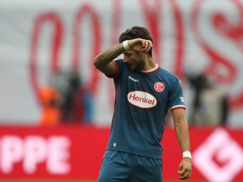 2 Bundesliga Spielfreudige Schalker Ueberwinden Duesseldorf