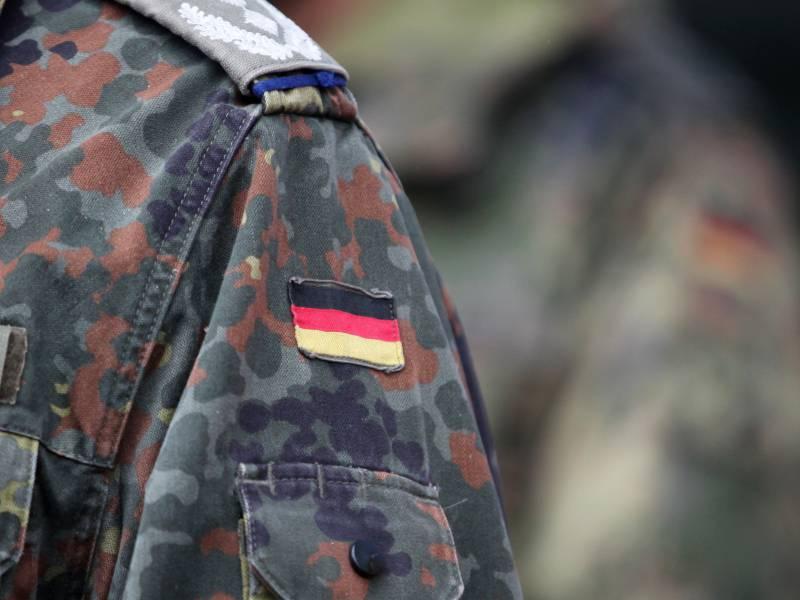 Akk Entsendet 400 Zusaetzliche Soldaten In Nrw Flutgebiete