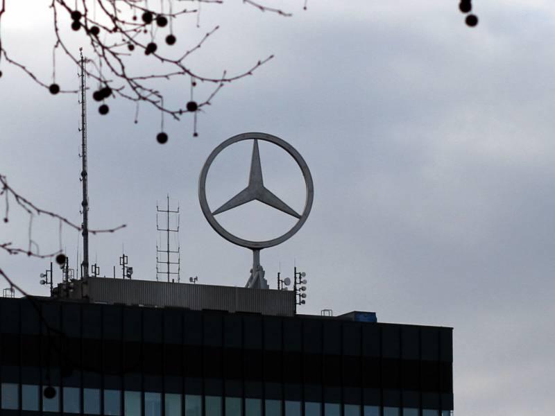 Bericht Daimler Plant Aufspaltung Im Dezember