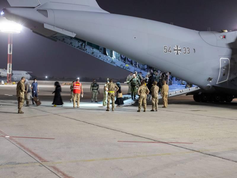 Bericht Nur 100 Ortskraefte Evakuiert