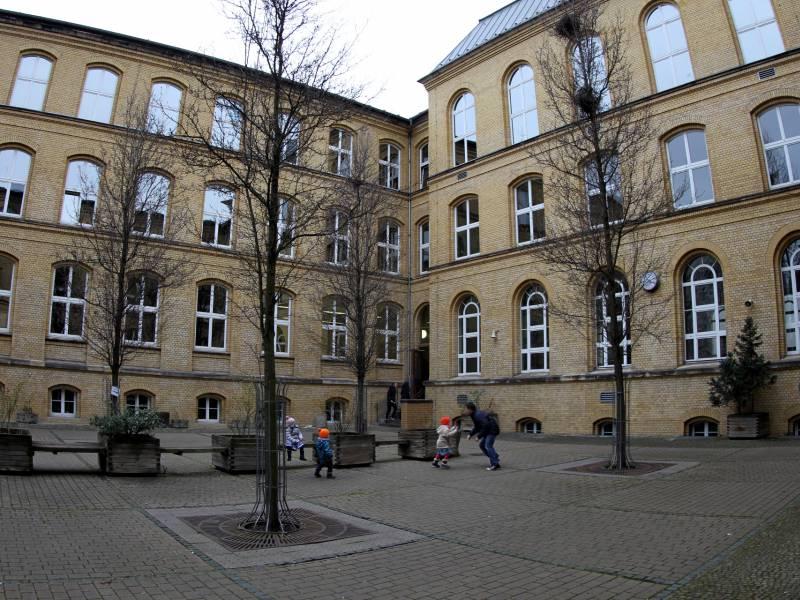 Berliner Gruenen Spitzenkandidatin Fuer Verbeamtung Von Lehrern