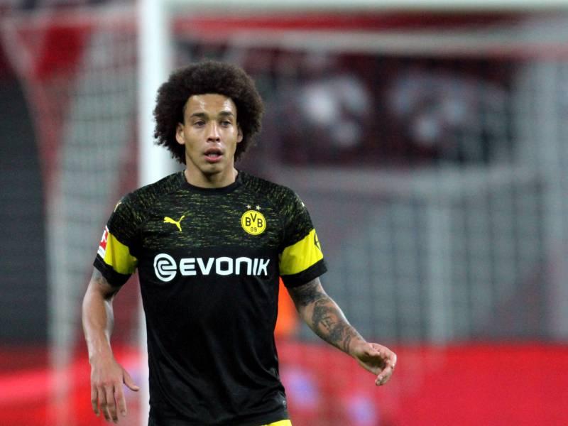 Dfb Pokal Dortmund Laesst Wiesbaden Keine Chance
