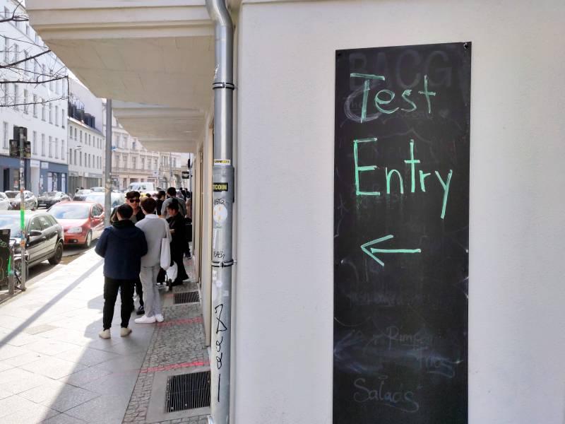 Gesundheitsminister Gegen Regelhafte Testung Von Geimpften