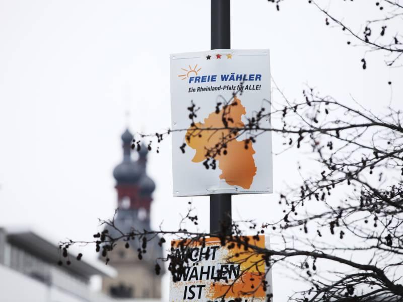 Insa Union Verliert Deutlich Freie Waehler Bei 35 Prozent