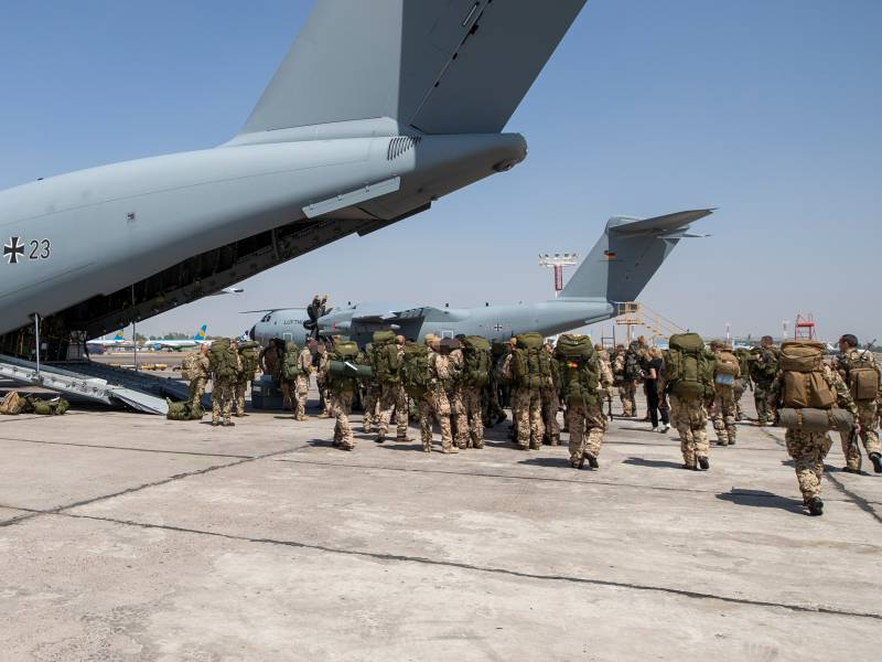 Kabinett Billigt Evakuierungsmission In Afghanistan