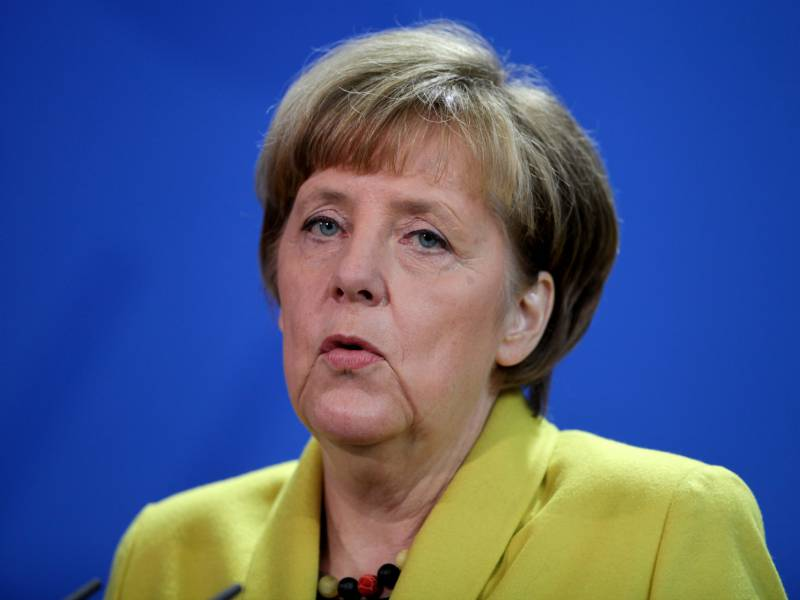 Kritik An Merkel Nach Kinobesuch Am Montagabend