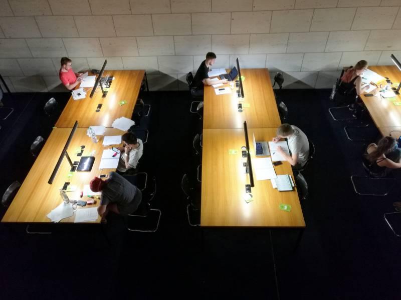 Laender Stellen Praesenzunterricht An Hochschulen In Aussicht
