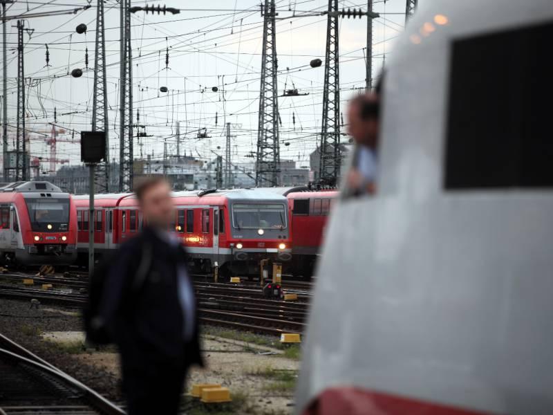 Lokfuehrer Gewerkschaft Droht Mit Laengerem Bahn Streik
