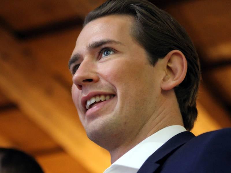 Oesterreichs Kanzler Kurz Mit 994 Prozent Als Parteichef Bestaetigt