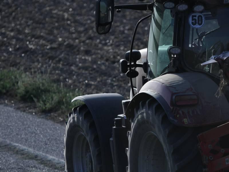 Peter Maffay Traeumt Von Traktor Rallye Durch Deutschland