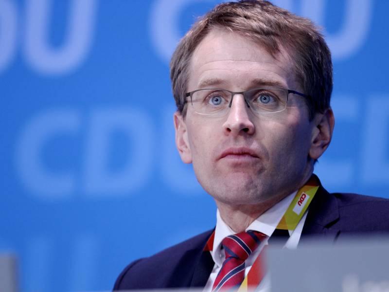 Schleswig Holsteins Ministerpraesident Fuer Unions Wahlkampfoffensive