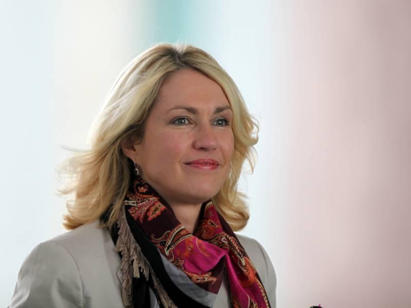Schwesig Lehnt Bei Spd Wahlsieg Wechsel In Scholz Kabinett Ab