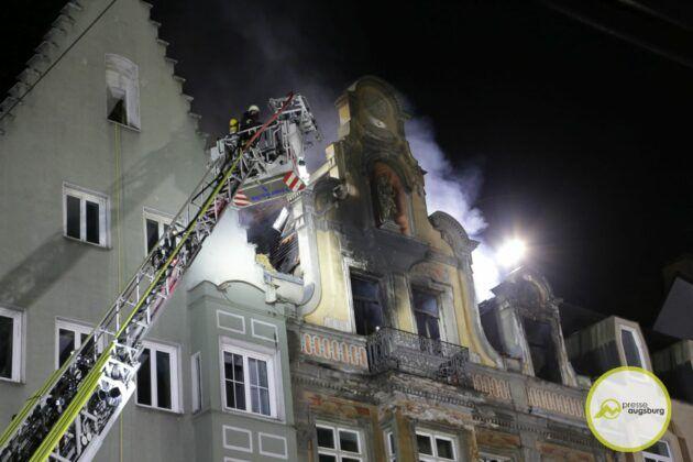 Dachstuhlbrand Karolinenstr 65.Jpg