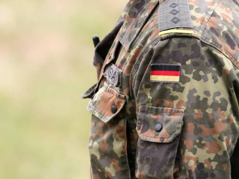 Akk Stellt Bundeswehr Einsatz In Mali Infrage