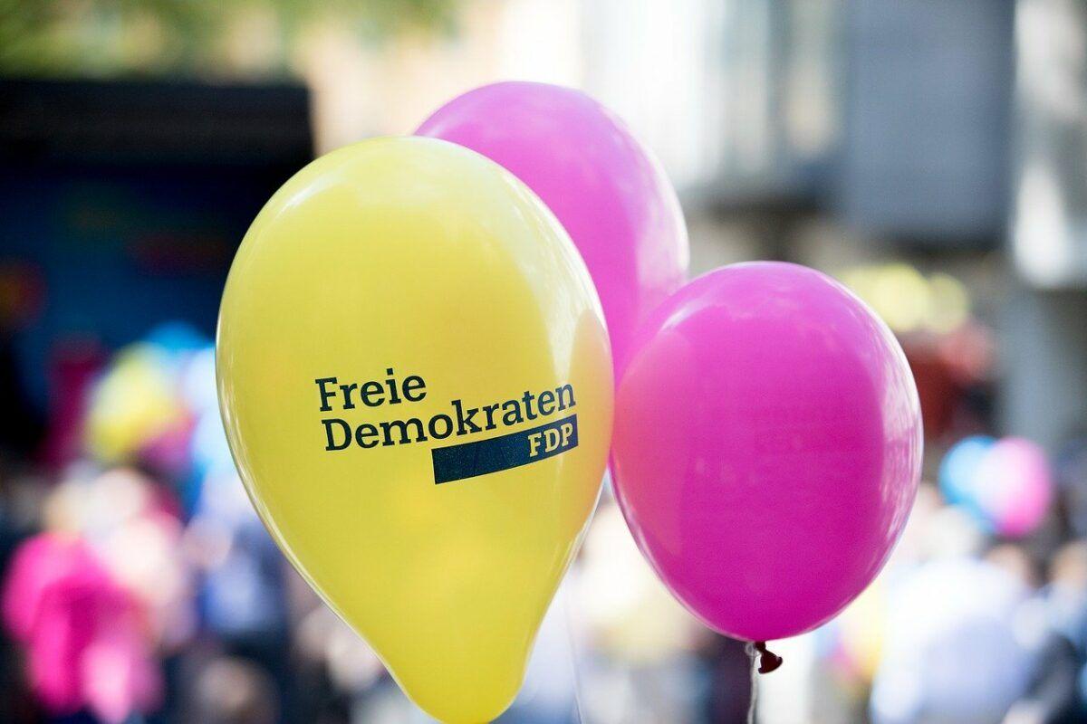 Balloon 2333925 1280