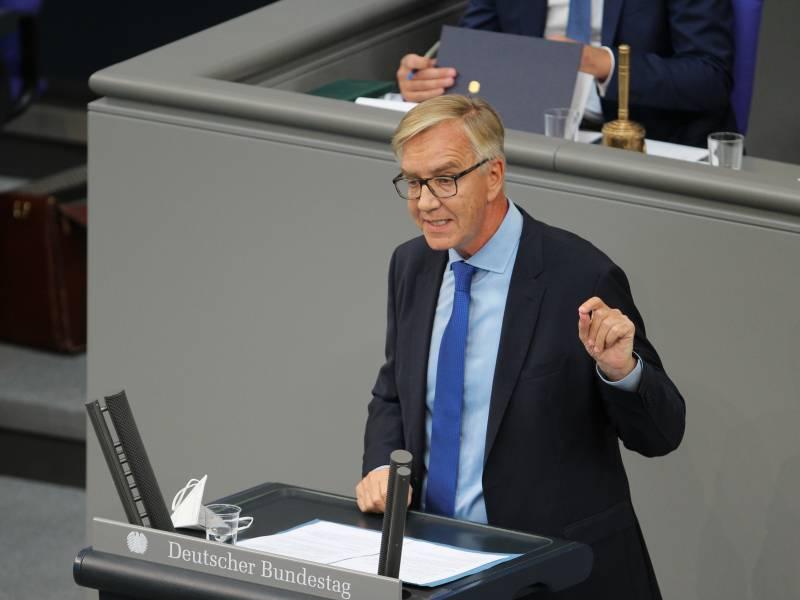 Bartsch Bringt Nato Ausschluss Der Tuerkei Ins Spiel