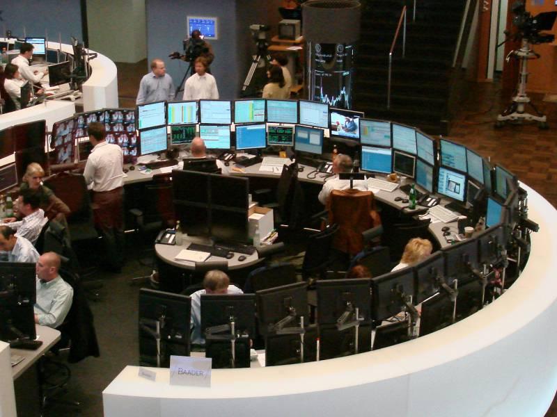 Dax Startet Deutlich Im Minus Notenbanken Im Blick