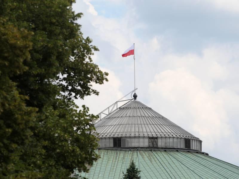Eu Kommission Beantragt Geldbusse Gegen Polen