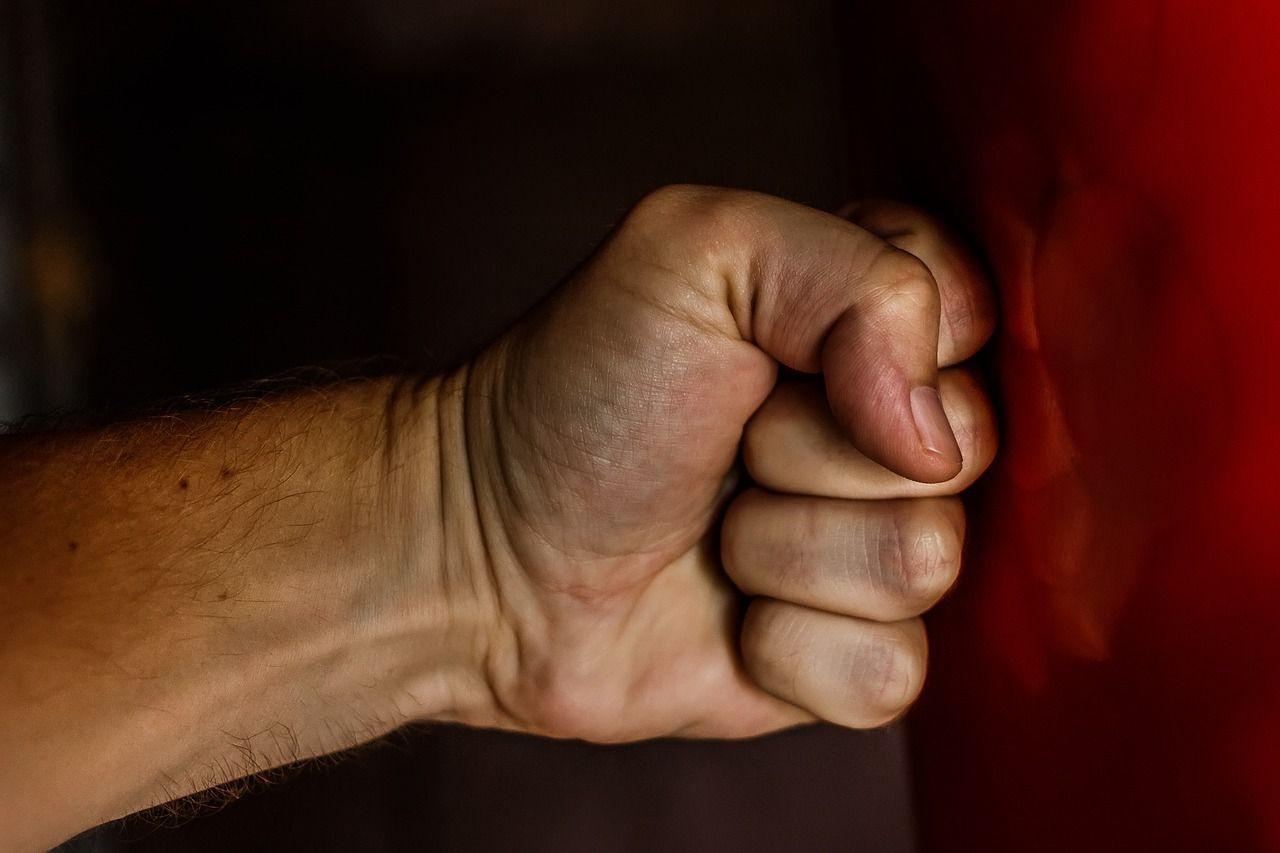 Fist 1561157 1280