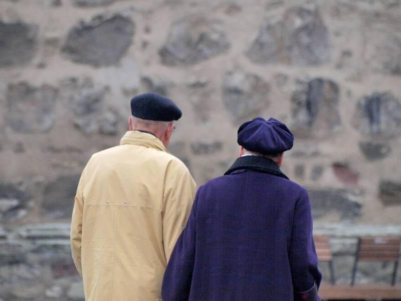 Iw Studie Finanznot Treibt Rentner Nicht Zur Erwerbstaetigkeit