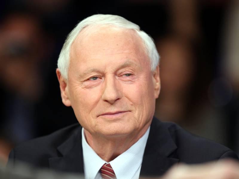 Lafontaine Kuendigt Rueckzug Aus Landtag An