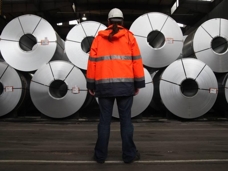 Materialmangel In Der Industrie Verschaerft Sich
